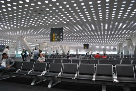 Aeropuerto_Internacional_de_la_Ciudad_de_México_-_Terminal_2_-_Área_de_Salidas