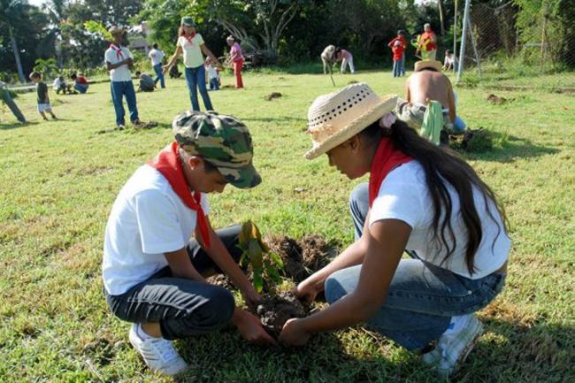 nuevas_generaciones_aprenden_a_preservar_el_medio_ambiente