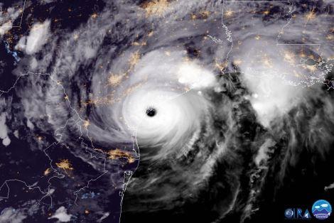 huracan-harvey-texas-llega-a-tierra2
